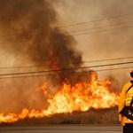 Tovább lángol a katasztrófa sújtotta Kalifornia