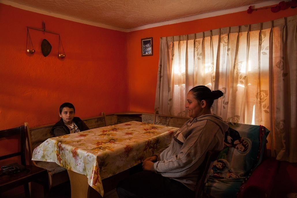 NE_! - abcug.15.03.31. - roma gyermekek és tankörnyezetük