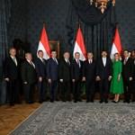 Jól meghízott Orbán kormányapparátusa, sok pénzünk van benne