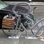 Láncold a bringád egy nőhöz: zseniális kerékpártárolók a nagyvilágból