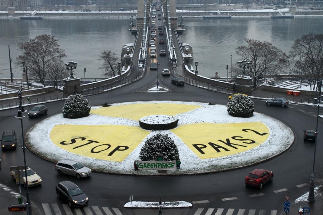 fm.14.01.30. - Greenpeace tüntetés a paksi atomerőmű bővítése ellen