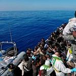 Megint menekültek százai fulladtak a tengerbe a líbiai partoknál