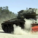 Vett egy tankot Schwarzenegger és elpusztított egy-két dolgot - videó