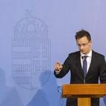 Szijjártó: A luxemburgi külügyminiszter komolytalan figura