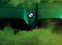 Füstös kedvcsináló képeken a szerdán debütáló új BMW M3 és M4