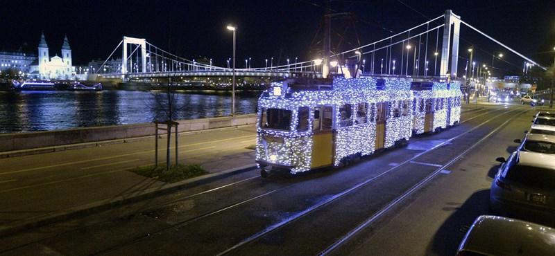 Így módosul a buszok és villamosok közlekedése karácsonykor