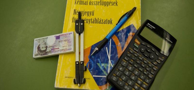 Négyjegyű függvénytáblázat, számológép, vonalzó: mit lehet használni a matekérettségin?