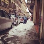 Megbolondult az időjárás, ma hógolyózni lehetett Firenzében