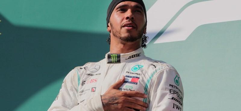 Lovagi címet kaphat Lewis Hamilton