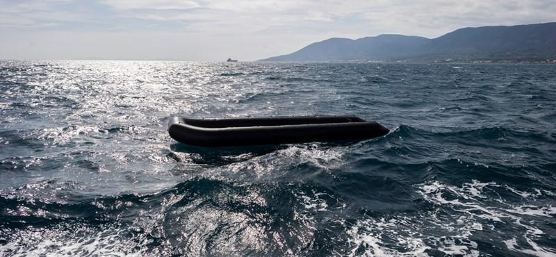 Egy három hónapos csecsemő is az Égei-tengerbe fulladt múlt éjjel
