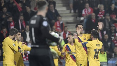 Nehezen nyert a Barcelona, négyig jutott a Liverpool