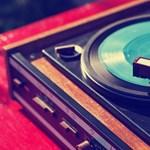 Alvászavarai vannak? Ezeket a zenéket hallgassa!