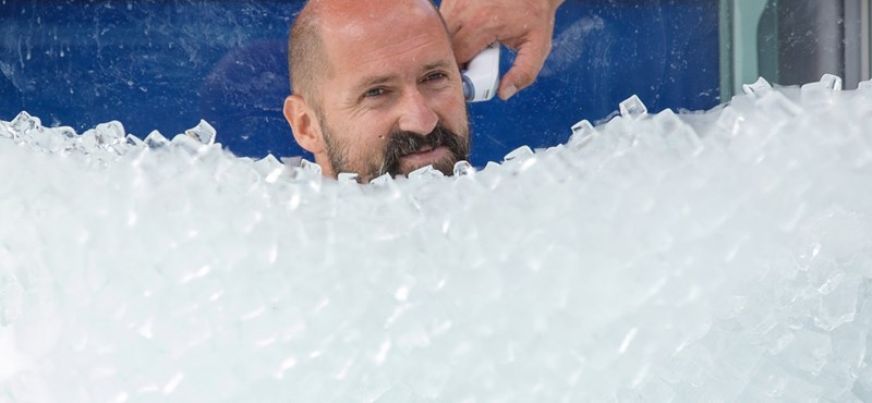 Megdőlt a jégbenállás világcsúcsa