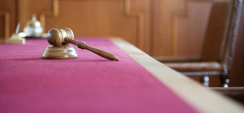 Enyhítették a férfi büntetését, aki éjszaka, meztelenül támadt nőkre Zuglóban