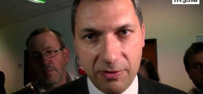 Videó: Lázár megmondta, miért fizette vissza a kétmillió forintot