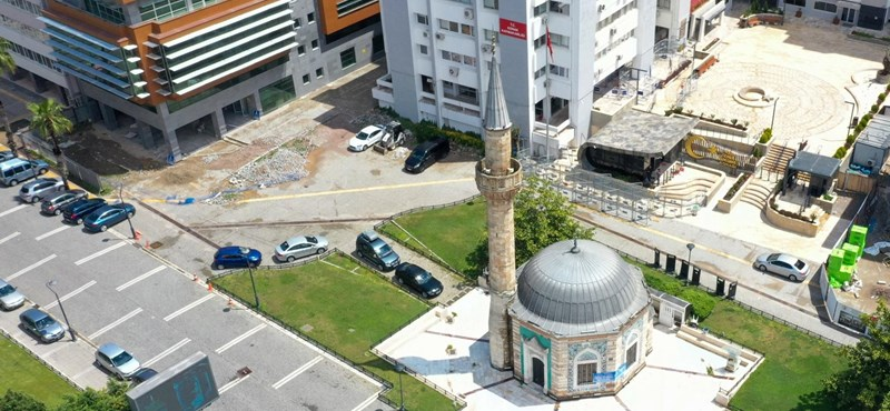 A Bella Ciao szólt a müezzin helyett Izmir minaretjeiből