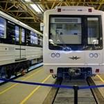 Üzent a budapestieknek a metrókocsikat felújító orosz cég