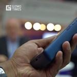 Az igazi féltégla: ez a mobil egy hétig is bírja töltés nélkül, de megvan az ára