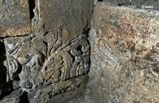 Azték palota maradványaira bukkantak Mexikóváros főterén