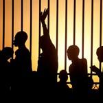 Civilek ezrei menekültek el egy szudáni városból
