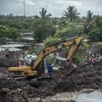 Óriási szeméthegy szakadt a lakókra Mozambik fővárosában, sokan meghaltak