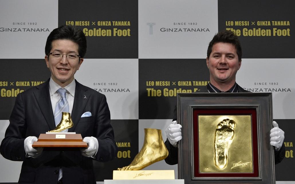 7képei 0308 - Messi lába aranyból, Tokió, 2013. március 6.
