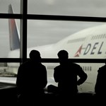 Meghalt egy ember a Delta Airlines járatán