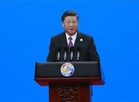 Bátor ember a kínai elnök, meg merte enni Putyin ajándék fagyiját
