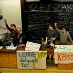 Ma is az ELTE bölcsészkarán alszanak a diákok