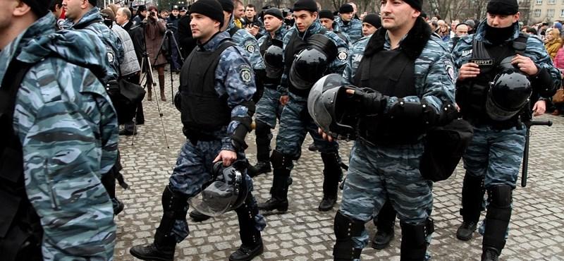 Ukrán konfliktus: újabb kárpátaljai áldozatot temettek el, a vízummentesség balul sült el az ottani magyaroknak