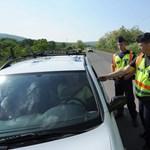 """""""Felesleges és káros"""": titkolja a rendőrség a fokozott ellenőrzések okát"""
