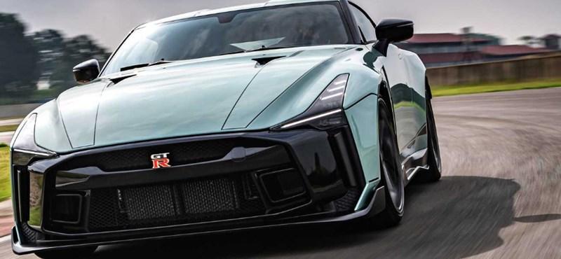 Elkészült a közel 350 millió forintos egyedi Nissan GT-R első példánya