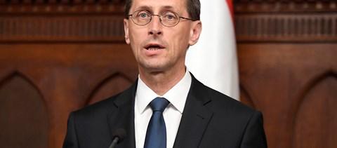A Pénzügyminisztérium 13-17 milliárdot hagyna azoknál, akik állampapírt vesznek