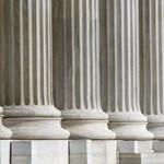 Harminc százalék felett jár a tízéves görög állampapír kamata
