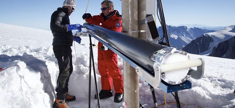 """80 méteres mélység, -50 Celsius-fok: megmentik az olvadástól a """"klíma archívumát"""""""