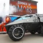 Olyan marsjáró autót épített a NASA, mintha egy filmből lépett volna elő