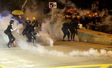 Merkel: El kell kerülni az erőszakot Hongkongban