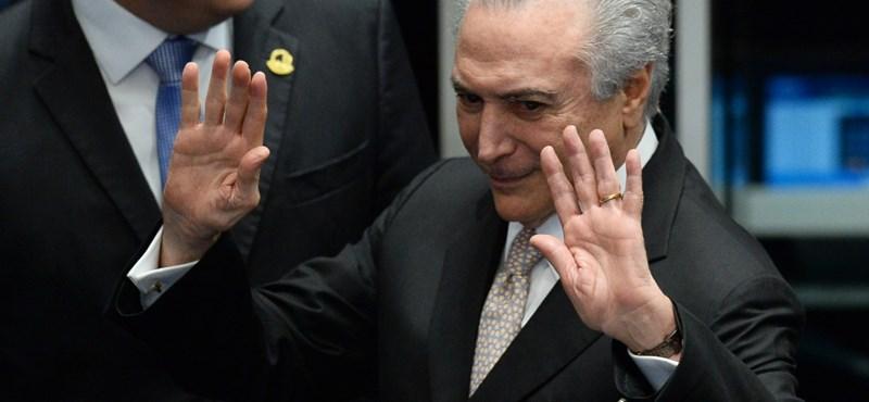 Önként ment előzetes letartóztatásba a volt brazil elnök