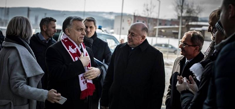 A frakcióvezető ahol tud, segít: igen, a romák Miskolc migránsai