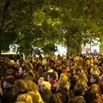 Hihetetlen: tömegnyomor volt egy művészeti könyv budapesti bemutatóján