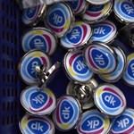 A DK sorra nyeri a helyreigazítási pereket a kormánymédia ellen