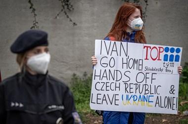 Erik Tabery: Ha nem tartozunk a Nyugathoz, Moszkva vérszemet kap