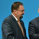 Válasz helyett letrágározta a Hír Tv újságíróit Pócs János