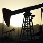 Hiába a vállalások, messze vannak még az olajvállalatok a klímacéljaiktól