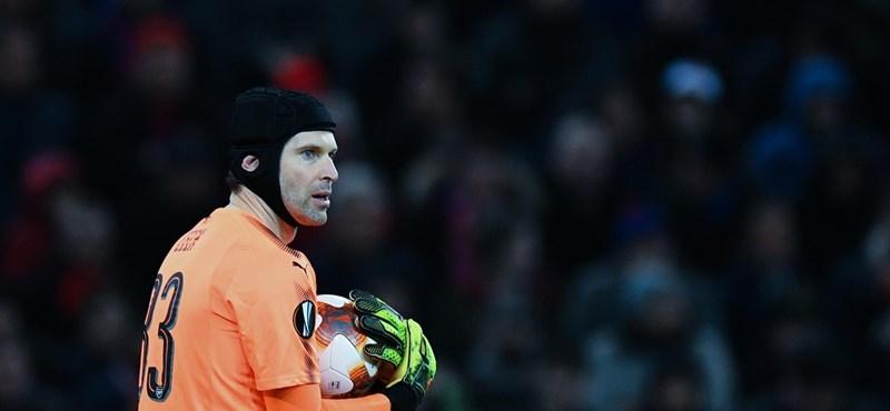 Petr Cech hokikapusként folytatja a pályafutását
