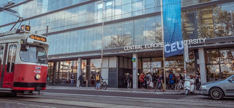 Egy gombnyomással oldják meg a könyvtári kölcsönzést a CEU bécsi kampuszán
