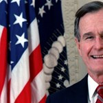 Szobrot kap idősebb Bush Budapesten
