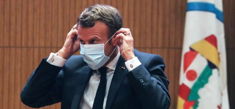 Franciaországban augusztustól kötelező lesz a maszkviselés zárt helyeken