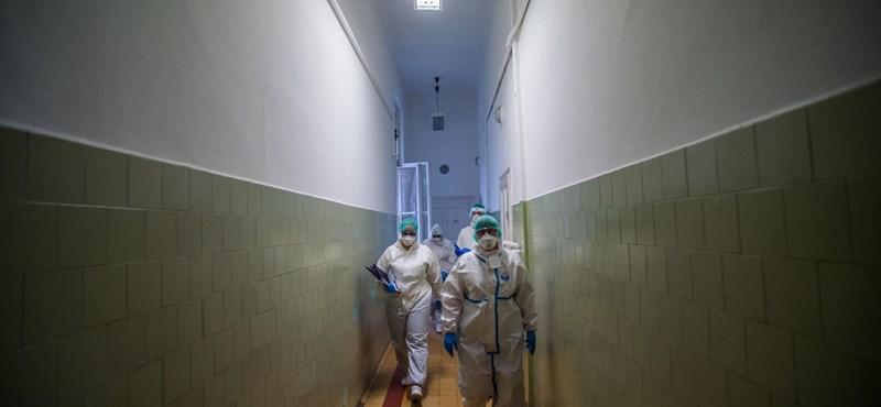 Több tízezer forintos fizetéscsökkenésre panaszkodnak ápolók