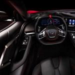 Sylvester Stallone átvette új Corvette sportkocsiját